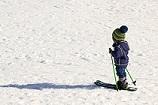 kid-skiing